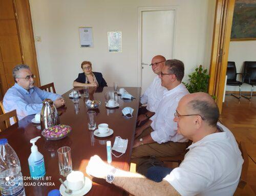 Επίσκεψη του υποψήφιου πρυτανικού σχήματος υπό τον καθ. Γ. Κοντάκη στην Αντιπεριφερειάρχη Ρεθύμνης