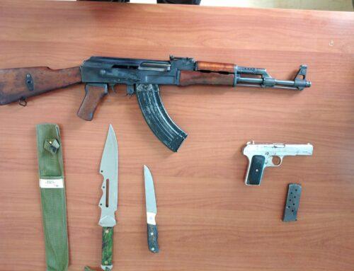 Συνελήφθη ημεδαπός κατηγορούμενος για παραβάσεις της Νομοθεσίας περί όπλων, στο Ηράκλειο